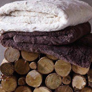 Indigo Ivory Luxe Cozy Faux Fur Throw Blanket